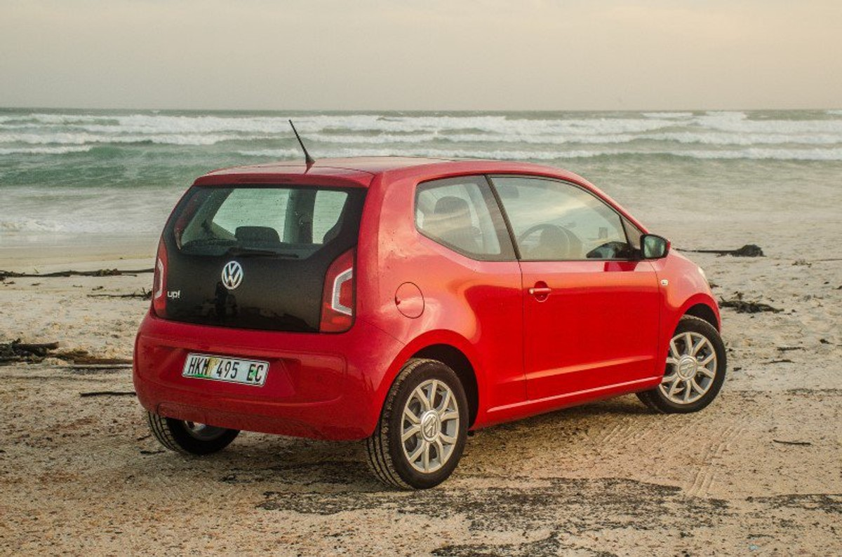 volkswagen up 2015 review. Black Bedroom Furniture Sets. Home Design Ideas