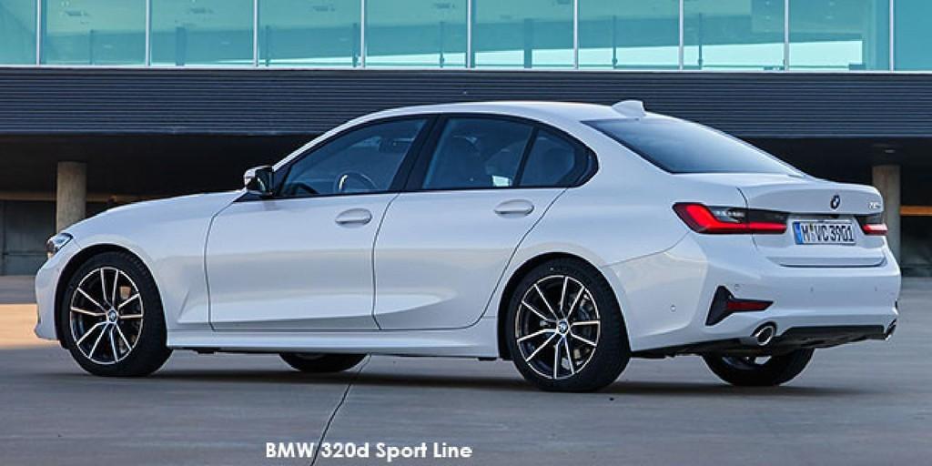 BMW 3 Series 330i Sport Line_3