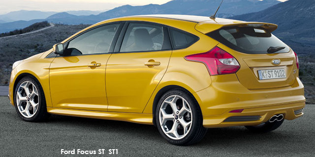 Ford Focus ST 1_2