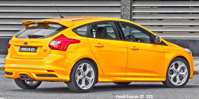 Ford Focus ST 3_2