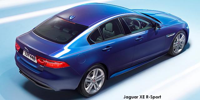 Jaguar XE 30t R-Sport_2