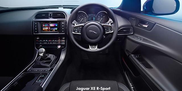 Jaguar XE 30t R-Sport_3