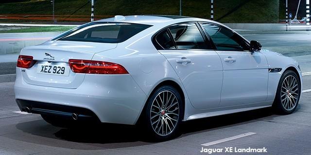 Jaguar XE 25t Portfolio_2