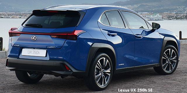 Lexus UX 200 EX_2