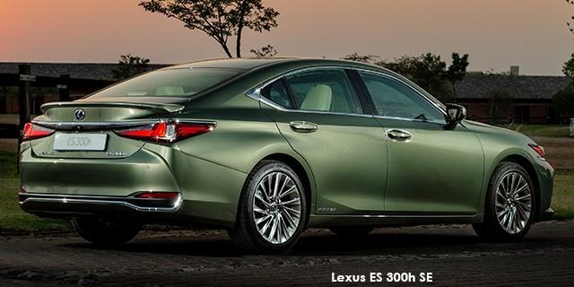 Lexus ES 300h SE_2