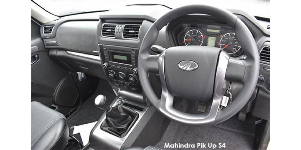 Mahindra Pik Up 2.2CRDe S4 dropside_3