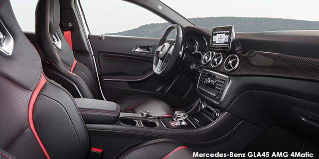 Mercedes-Benz GLA GLA45 AMG 4Matic_3