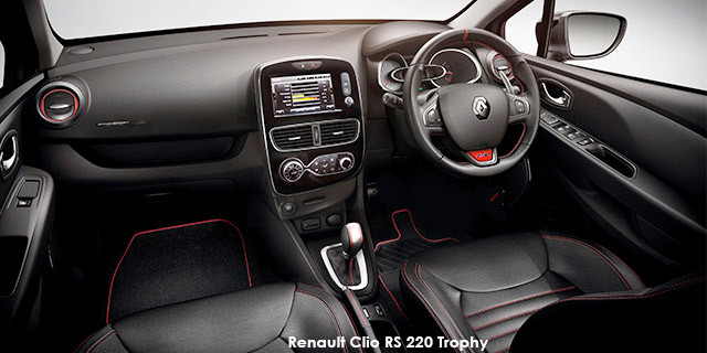 Renault Clio RS 220 Trophy_3