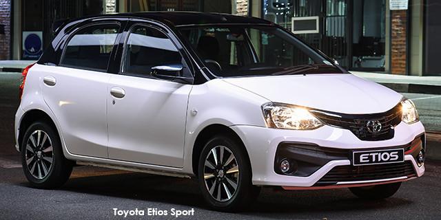 Toyota Etios hatch 1.5 Sport_1