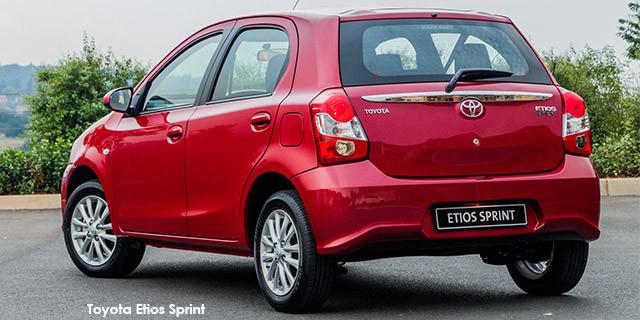 Toyota Etios hatch 1.5 Sprint_2