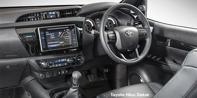 Toyota Hilux 2.8GD-6 double cab 4x4 Raider Dakar_3