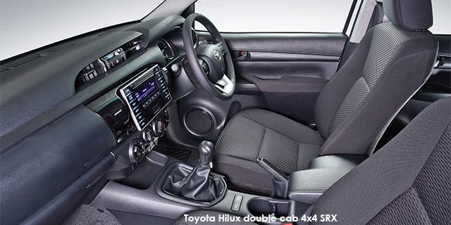 Toyota Hilux 2.4GD-6 double cab 4x4 SRX_3