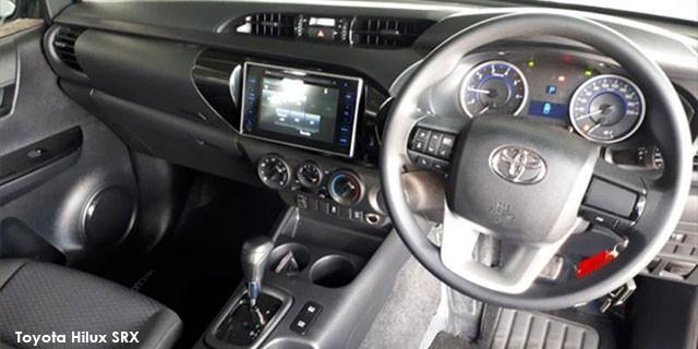 Toyota Hilux 2.4GD-6 double cab 4x4 SRX auto_3