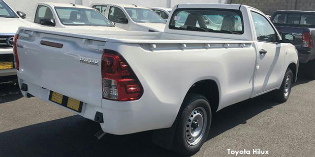Toyota Hilux 2.0 S (aircon)_2