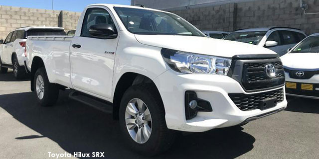 Toyota Hilux 2.4GD-6 4x4 SRX_1