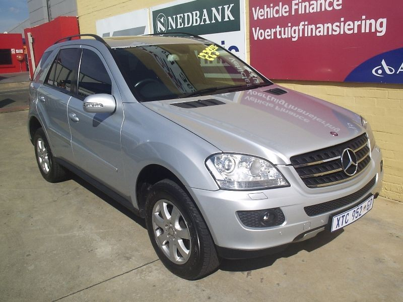 Used mercedes benz m class ml 320 cdi a t for sale in for Silver spring mercedes benz service
