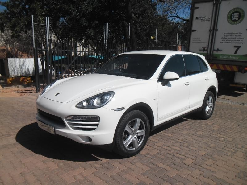 used porsche cayenne diesel tiptronic for sale in gauteng id 1142010. Black Bedroom Furniture Sets. Home Design Ideas