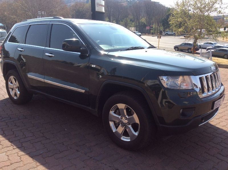 used jeep grand cherokee 5 7 v8 overland for sale in gauteng id 1155788. Black Bedroom Furniture Sets. Home Design Ideas