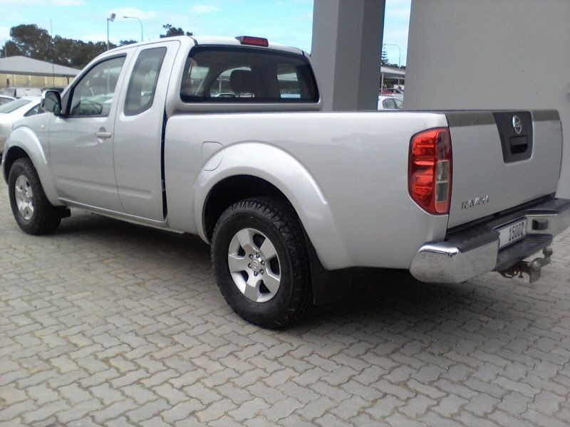 Used nissan navara king cab for sale uk for Motor king auto sales