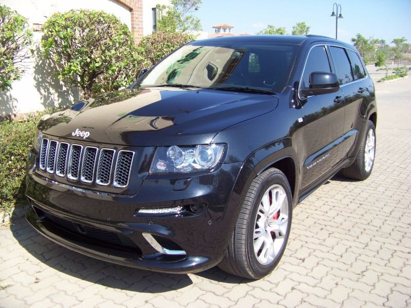 used jeep grand cherokee 6 4 srt for sale in gauteng id 1198877. Black Bedroom Furniture Sets. Home Design Ideas