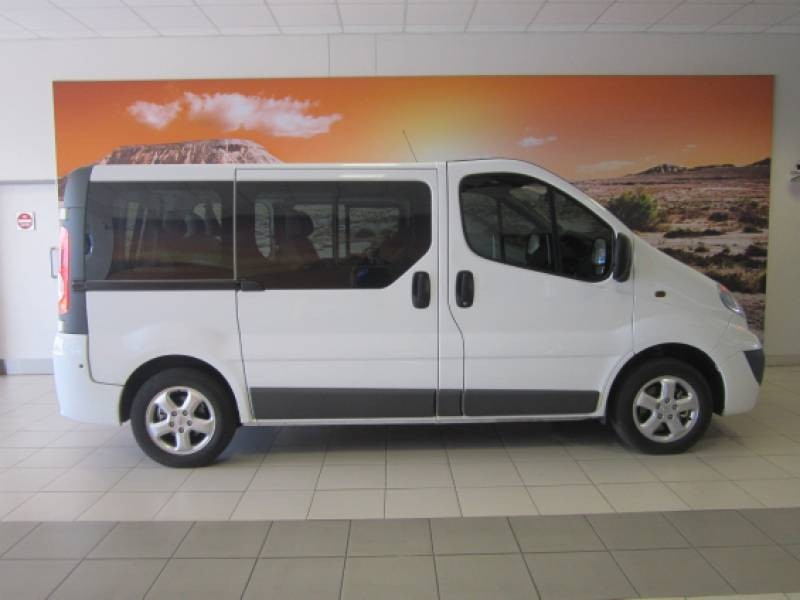 used opel vivaro 1 9 cdti bus for sale in gauteng id 1199639. Black Bedroom Furniture Sets. Home Design Ideas