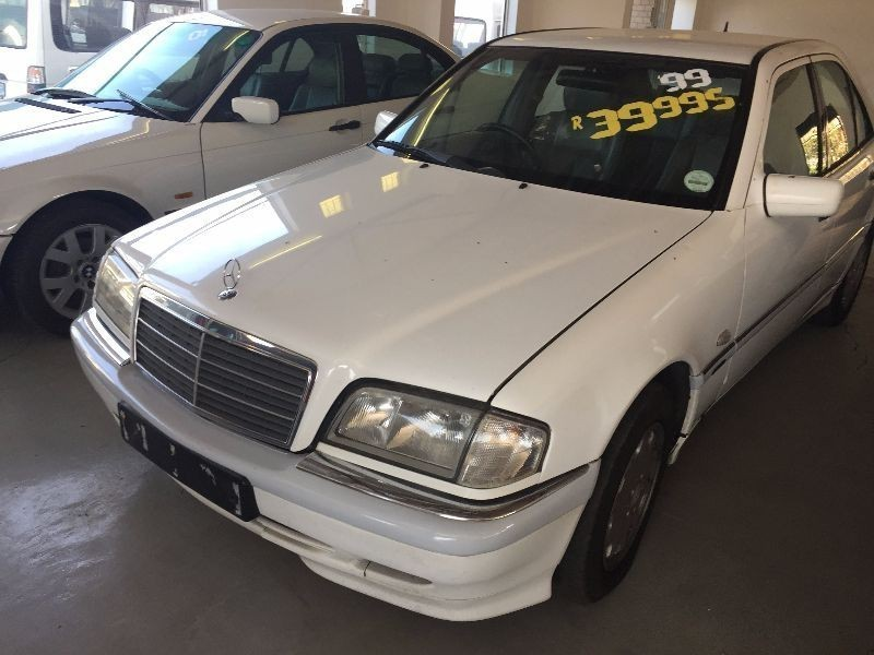 Used mercedes benz c class c 200k classic for sale in for Mercedes benz c class 1999 for sale