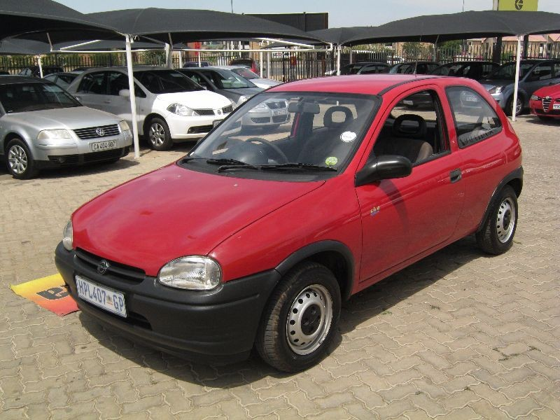 used opel corsa lite for sale in gauteng id 1241058. Black Bedroom Furniture Sets. Home Design Ideas