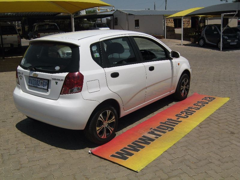 used chevrolet aveo 1 5 ls 5dr for sale in gauteng cars. Black Bedroom Furniture Sets. Home Design Ideas