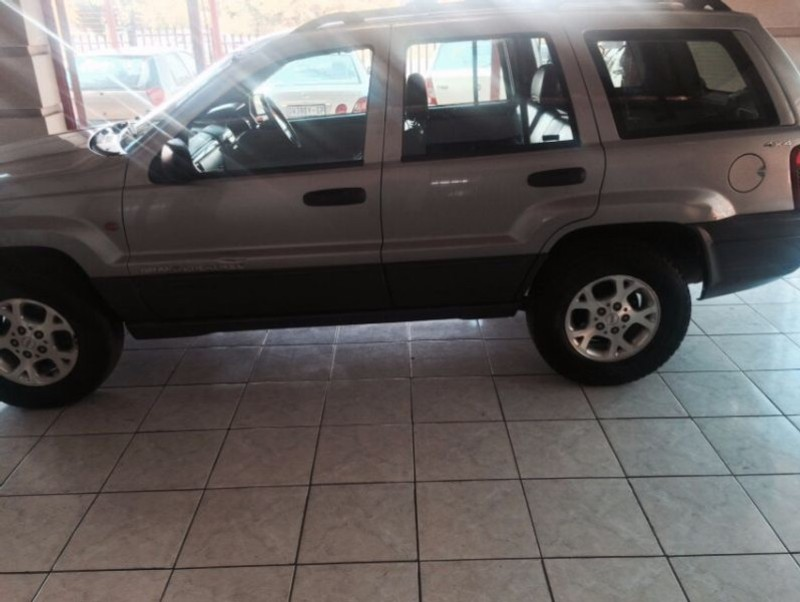 used jeep grand cherokee 4 7 v8 laredo for sale in gauteng. Cars Review. Best American Auto & Cars Review