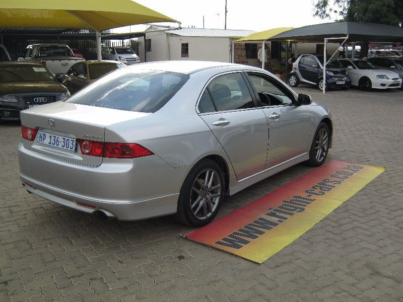 used honda accord 2 4 type s for sale in gauteng id 1246994. Black Bedroom Furniture Sets. Home Design Ideas