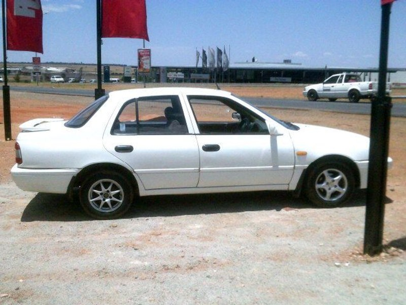 used nissan sentra 160 si a c for sale in north west province id 1252148. Black Bedroom Furniture Sets. Home Design Ideas