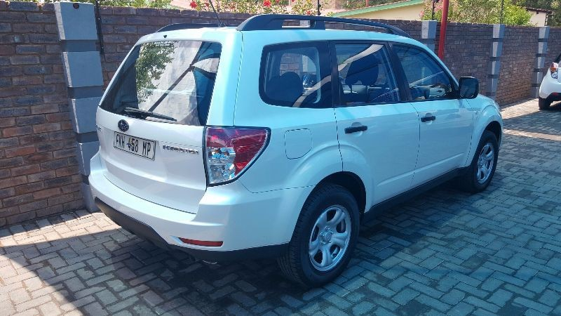 used subaru forester 2 5 x for sale in gauteng. Black Bedroom Furniture Sets. Home Design Ideas