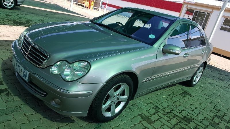 Used mercedes benz c class c320 avantgarde a t for sale in for 2005 mercedes benz c320 for sale