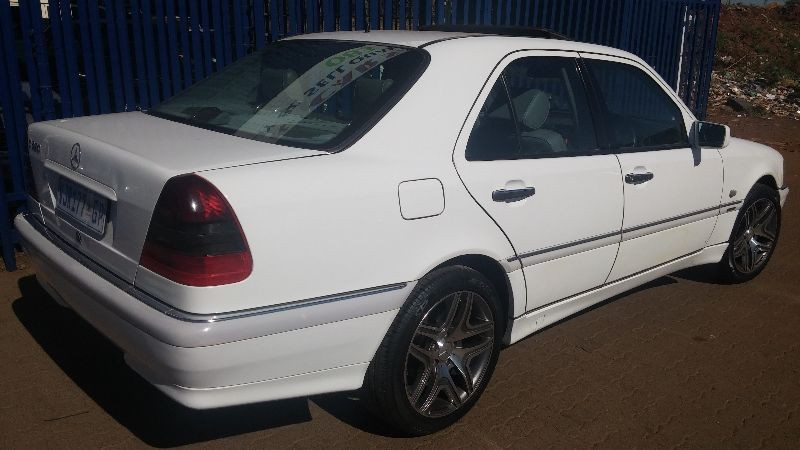Used mercedes benz c class c280 elegance a t for sale in for Mercedes benz c class 1999 for sale