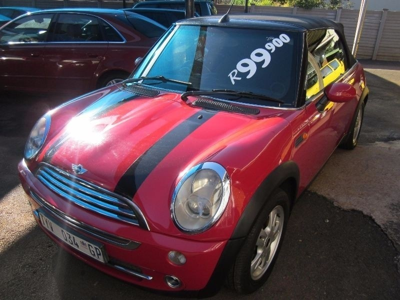 used mini cooper convertible for sale in gauteng id 1317695. Black Bedroom Furniture Sets. Home Design Ideas