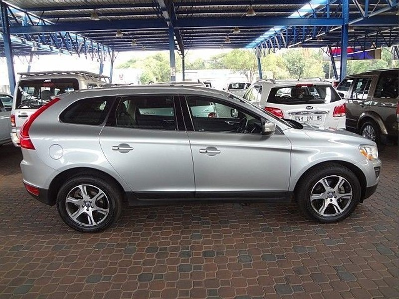 used volvo xc60 d3 geartronic excel for sale in gauteng id 1356776. Black Bedroom Furniture Sets. Home Design Ideas