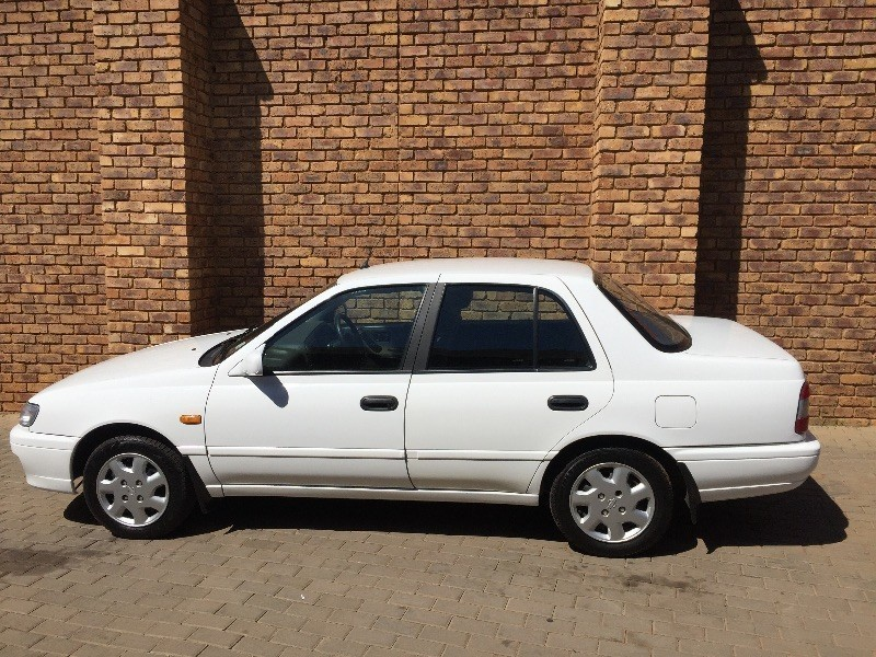 used nissan sentra 160 gsi auto ac for sale in gauteng id 1390019. Black Bedroom Furniture Sets. Home Design Ideas
