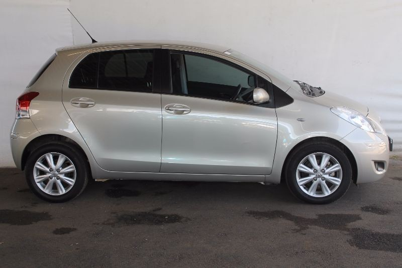 used toyota yaris zen3 for sale in gauteng. Black Bedroom Furniture Sets. Home Design Ideas