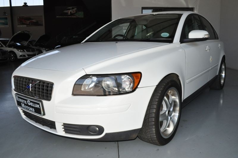 used volvo s40 for sale in free state. Black Bedroom Furniture Sets. Home Design Ideas