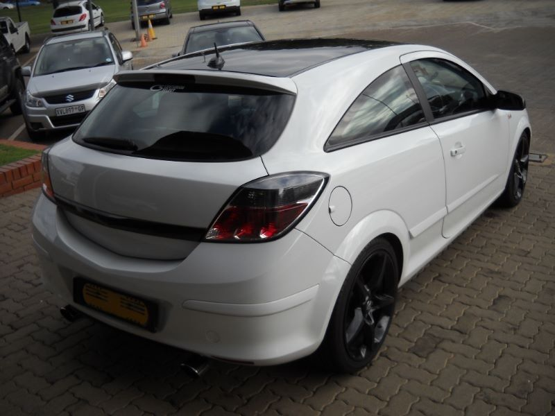 used opel astra astra 2 0t gtc sport 3dr manual for sale in gauteng id 1400251. Black Bedroom Furniture Sets. Home Design Ideas