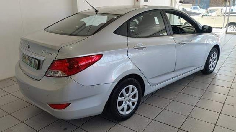 used hyundai accent 2012 hyundai accent 1 6 gls for sale. Black Bedroom Furniture Sets. Home Design Ideas