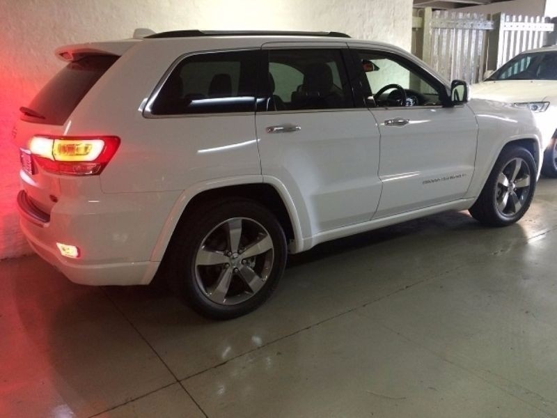 used jeep grand cherokee 3 6 overland for sale in gauteng id 1425053. Black Bedroom Furniture Sets. Home Design Ideas