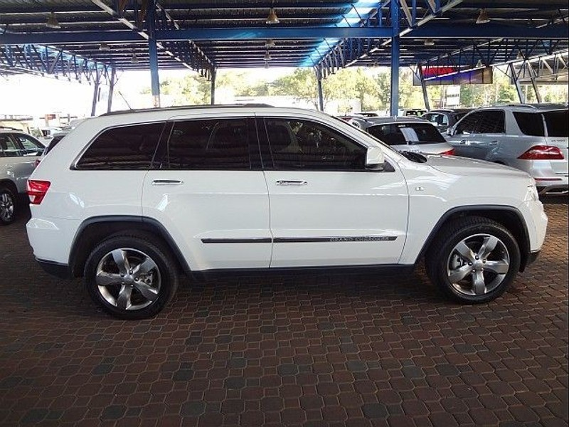 used jeep grand cherokee 5 7 v8 overland for sale in gauteng id 1435199. Black Bedroom Furniture Sets. Home Design Ideas