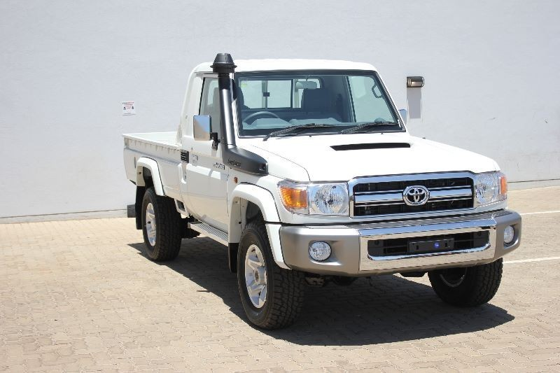 Used Toyota Land Cruiser 70 4.5D Single cab Bakkie for sale in Gauteng