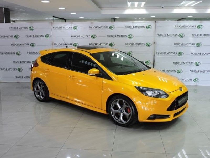 used ford focus st 3 for sale in gauteng id 1442098. Black Bedroom Furniture Sets. Home Design Ideas