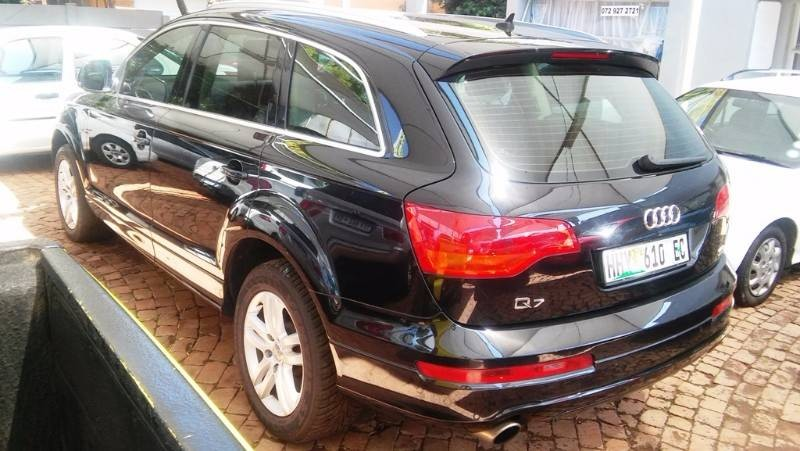 used audi q7 4 2 fsi v8 quattro tip for sale in gauteng id 1446674. Black Bedroom Furniture Sets. Home Design Ideas