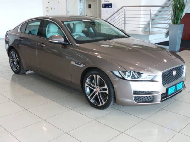 used jaguar xe 2 0d pure for sale in gauteng id 1451003. Black Bedroom Furniture Sets. Home Design Ideas