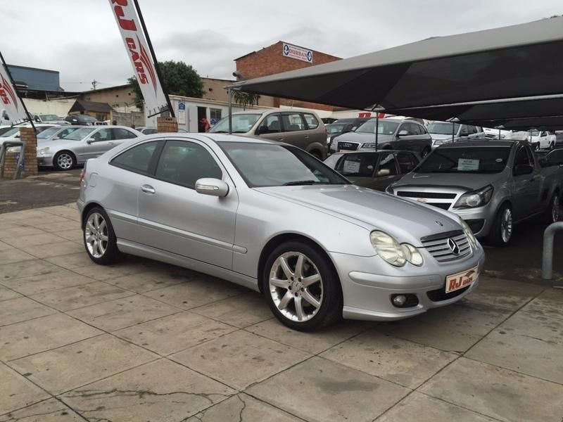 Used mercedes benz c class c230k coupe 6 speed for sale in for Mercedes benz coupe 2005