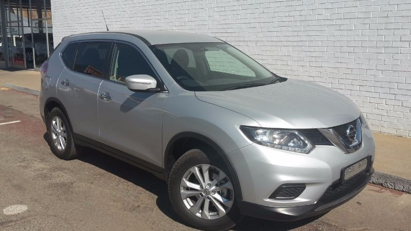 used nissan x trail 2 0 xe 5 seater for sale in north west. Black Bedroom Furniture Sets. Home Design Ideas