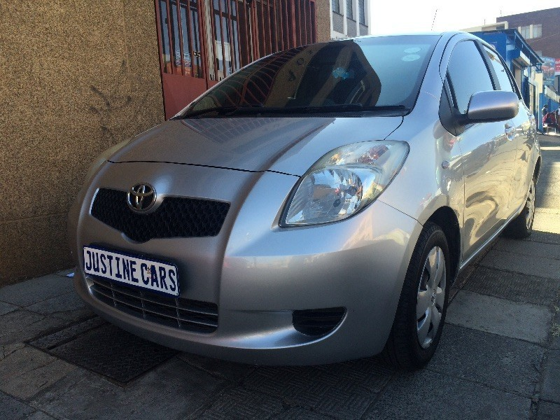 used toyota yaris electric windows with meg rims for sale. Black Bedroom Furniture Sets. Home Design Ideas